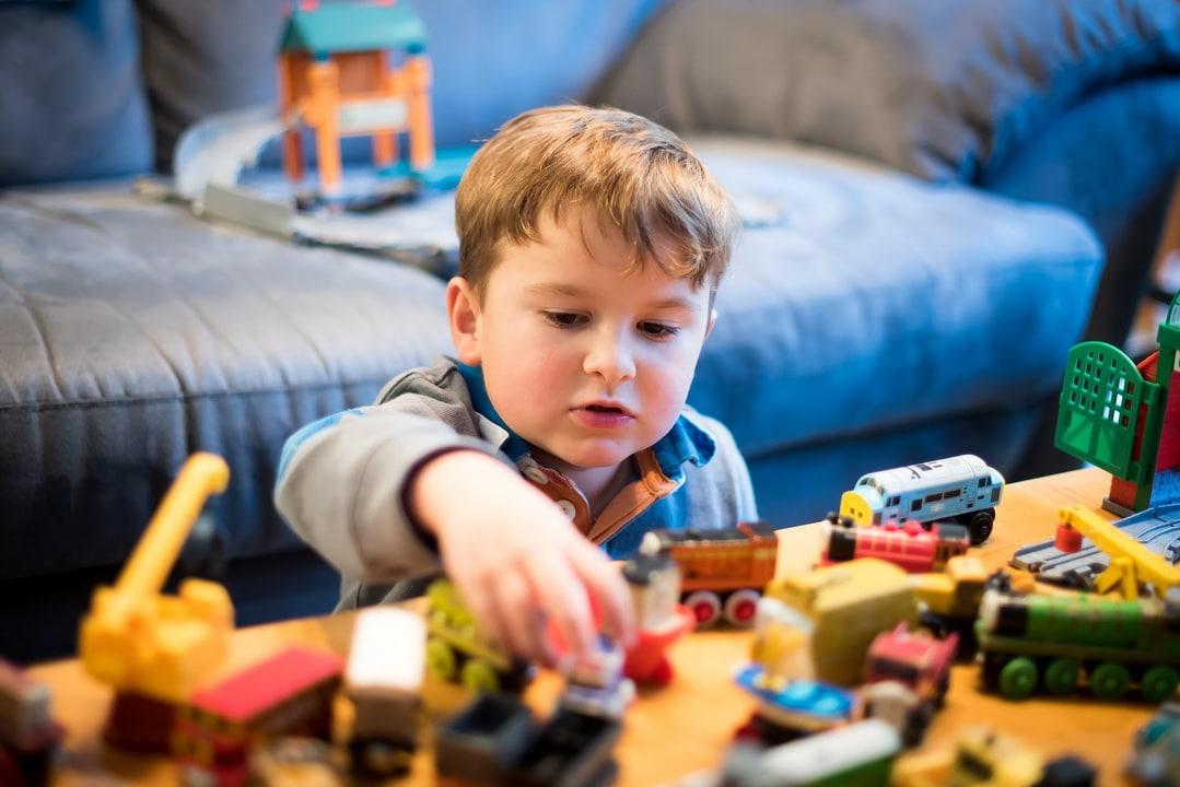 ของเล่นจำเป็นสำหรับการเรียนรู้และพัฒนาการของเด็กอย่างไร?