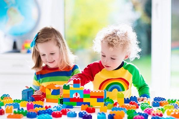 เลือกของเล่นเด็กให้ปลอดภัยจากสารพิษ