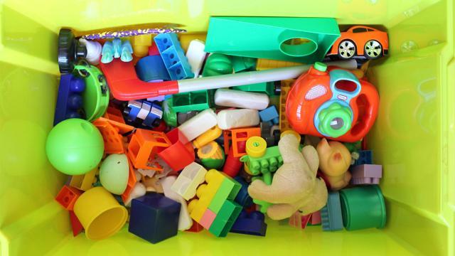 ของเล่นเด็กไม่ใช่เรื่องเล็กเสมอ เมื่อการเล่นคือการเรียนรู้ที่จะเป็นผู้ใหญ่