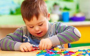 เสริมสร้างพัฒนาการเด็กเด็กออทิสติกด้วยของเล่น